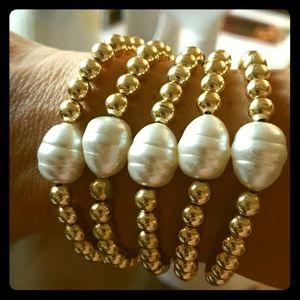 Jewelry - Fresh Water Pearl Bracelet Set